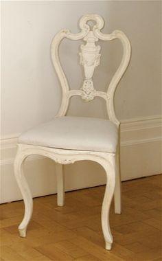 Google Image Result for http://www.antiquediningroomfurnitureblog.com/wp-content/uploads/2010/10/rococo-dining-chair-2.jpg