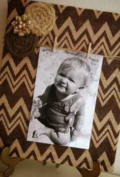 The Life of a Craft Crazed Mom: Chevron Burlap Picture Frame