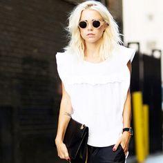 CIRCLE EYEWEAR #emmetrend #fashionista #fashionblogger #blusa #eyewear #sunglasses #trend #style #model #streetchic #streetlook #streetstyle #voguista #fashion #styleicon #moda #blogger