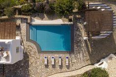 Mykonos Villa Aphrodite in dandy Agios Lazaros - HomeTality Mykonos Villas, Luxury Villa Rentals, Luxury Estate, Resort Villa, Private Pool, Stunning View, Aphrodite, Luxury Travel, Dream Vacations