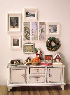 Shabby chic hallway table with matching photo frames! <3