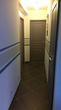 Mêmes portes et même carrelage que chez moi !!!! Mêmes emplacements !!!! Avec les rayures que je voulais justement faire !!!!