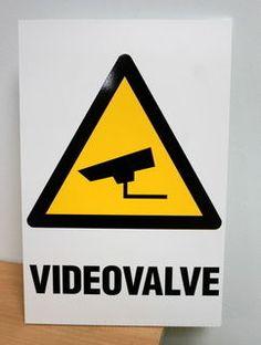 Videovalve silt - http://www.reklaamitootja.ee/kleebised-kleepsud-kristallkleebised
