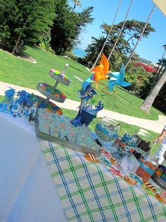 First Birthday Party :: Beach Theme   cakes likes a party