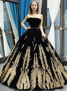 Shop 2019 Long & Short Black Ball Gown Velvet Gold Appliques Backless Long Haute Couture Prom Dresses With Factory Price From Kemedress Women's Dresses, Black Prom Dresses, Cheap Prom Dresses, Trendy Dresses, Ball Dresses, Elegant Dresses, Evening Dresses, Long Dresses, Formal Dresses