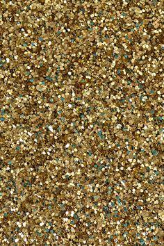gold-ip-dream-a-little-bigger.jpg (320×480)