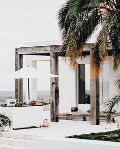 "3,175 Likes, 20 Comments - The Beach People (@thebeachpeople) on Instagram: ""Wood, white with a bit of palm... #thebeachpeople #home #inspiration"""