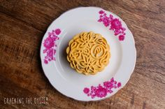Six Coarse Grains with Red Date Paste Mooncake