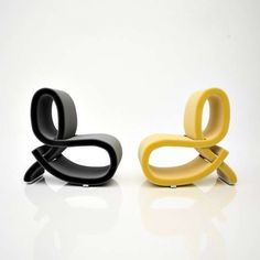 Warped Ampersand Seating - Chair & Chair by Tatiana Bortkevica is Inspired by an Alphabet Symbol (GALLERY)