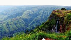Mahabaleshwar..#hillstation #hills #green #greenry #waterfalls #watercolor #nature #naturalbeauty #beautiful #indiantourism #mahabaleshwar #pune #punediaries #ssmphotography #mustvisit #india #lovelyview #awesomeweather #photography #sonycybershot #camera #throwback #2012 #memories #journey #happytime #enjoy #picsoftheday #landscaping #landscapephotography