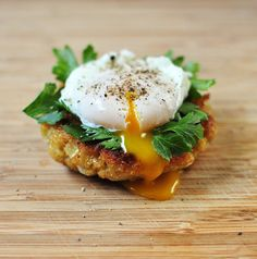 Quinoa Cakes with Poached Egg and Parsley