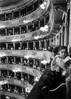 vintagechampagnefever:    Milan's La Scala Opera House (1934)**