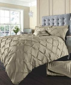 Luxury Bedding Sets On Sale Duvet Cover Sale, Bed Cover Sets, Bed Duvet Covers, Bedding Sets Uk, Nursery Bedding Sets Girl, Luxury Bedding Sets, Fitted Bed Sheets, Cheap Bed Sheets, Linen Sheets