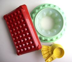 Vintage Tupperware set via Etsy - I still have and use the jello mold and the measuring cups. I did have this other piece, as well!  :)