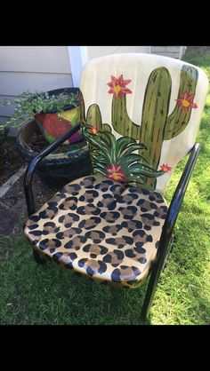 DIY cactus and leopard painted lawn chair! Furniture Projects, Furniture Makeover, Diy Furniture, Western Furniture, Upcycled Furniture, Fixer Up, Kids Crafts, Diy And Crafts, Cactus Decor