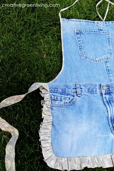 More Farm Girl Aprons from Recycled Jeans ~ Creative Green Living
