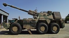"""South Africa Self-Propelled Howitzer-Vehicle - built """"Rhino"""", the African Long Range Brawler The Army Vehicles, Armored Vehicles, Self Propelled Artillery, South African Air Force, World Tanks, Baby Hippo, Cute Baby Animals, Wild Animals"""