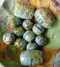 decoupage beads with maps. I can think of about a 1000 things to decoupage with maps. I love maps. Paper Bead Jewelry, Jewelry Crafts, Beaded Jewelry, Jewellery, Gold Jewelry, Jewelry Rings, Jewelry Accessories, Map Crafts, Arts And Crafts