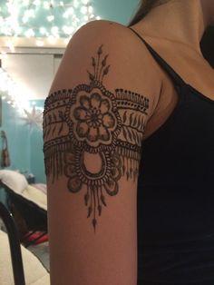 Flower henna arm band