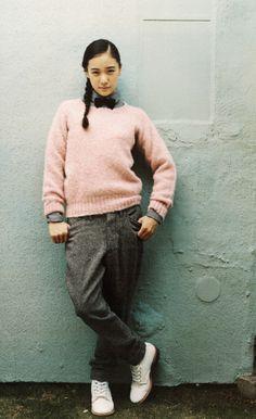 蒼井優 Yu Aoi, Mori Girl, Yuu, Winter Outfits, Winter Clothes, Feminism, Men Sweater, Normcore, Hairstyle