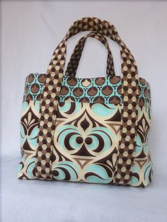 Hey, I found this really awesome Etsy listing at https://www.etsy.com/es/listing/127514756/bolso-impresion-reversible-de-amy-butler