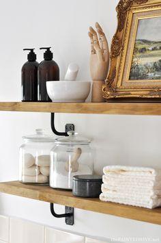New Kitchen Wall Shelves Diy Shelf Brackets Ideas Diy Farmhouse Table, Farmhouse Bedroom Decor, Farmhouse Style Kitchen, Farmhouse Interior, Farmhouse Plans, Diy Interior, Modern Farmhouse, Interior Decorating, Decorating Ideas