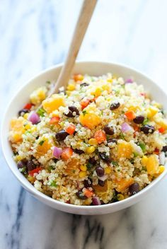 Black Bean Quinoa Salad Get the Latest Recipes Right in your Inbox:A light and healthy quinoa salad tossed in a refreshing orange vinaigrette, chockfull of protein Quinoa Salad Recipes, Lunch Recipes, Vegetarian Recipes, Cooking Recipes, Healthy Recipes, Quinoa Recipes Easy, Water Recipes, Cooking Food, Simple Recipes