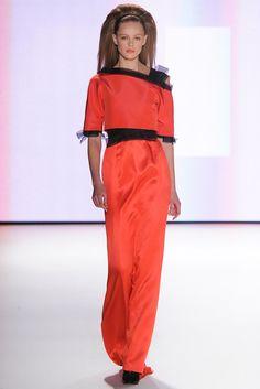 Carolina Herrera Fall 2012 Ready-to-Wear Fashion Show - Frida Gustavsson