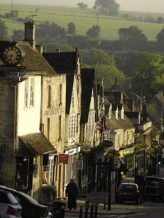 High Street, Burford, Oxfordshire, the Cotswolds, England, United Kingdom