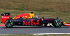 http://ift.tt/2gg39LJ http://ift.tt/2gfY8mE  El nombre TAG Heuer continuará formando parte de la denominación de la escudería en el listado oficial de constructores  El logotipo TAG Heuer continuará exhibiéndose en un lugar prominente en el coche en los pilotos y en los miembros del equipo. Como continuación de las condiciones actuales del acuerdo el nombre del coche para la temporada 2017 será Red Bull Racing - TAG Heuer RB13. El año 2016 vio por primera vez cómo una marca de relojes…