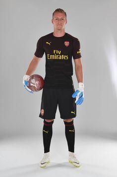 Leeeeeno Arsenal Football, Arsenal Fc, Football Wallpaper, Fa Cup, Goalkeeper, Premier League, Soccer, Wallpapers, Club