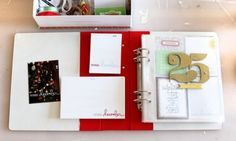 December Daily® 2013 | Interior Pages & Video Overview at Ali Edwards