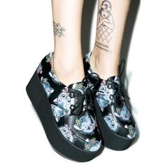 Black and white is trending right now and here at StreetStyleGirl we've sourced the best of our favorite Brands: Iron Fist, Boy London, Kill Star and more, to show off what's new for th… Sock Shoes, Cute Shoes, Me Too Shoes, Dream Shoes, Crazy Shoes, Combat Boots Style, Pin Up Outfits, Aesthetic Shoes, Cool Boots