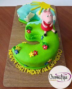 Peppa Pig cake (Torta de la cerdita Peppa) https://www.facebook.com/chromatiquepasteleria/