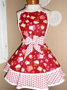 Red Glitter Valentineu0027s Cupcake Print With Hearts Womans Retro Apron With  Tiered Skirt And Bib