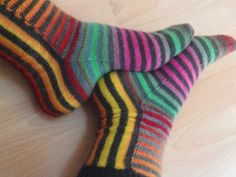 socks with interesting structure (from Lankaterapiaa -blog)