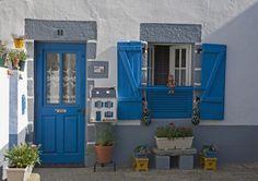 la maison de Mr Josic qui vend des petits paniers et des boites aux lettres