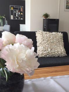 Stue Throw Pillows, Bed, Home, Toss Pillows, Stream Bed, Decorative Pillows, Decor Pillows, Beds, Scatter Cushions