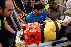 Explosión en un restaurante de Santiago de Chile http://www.ambitosur.com.ar/explosion-en-un-restaurante-de-santiago-de-chile/ La detonación se produjo en un local de comida rápida adyacente a una estación de metro. Hasta el momento se contabilizan ocho heridos.    Al menos ocho personas resultaron heridas hoy en Santiago de Chile tras una explosión en un local de comidas rápidas ubicado en la estación de metro Escuela Militar.
