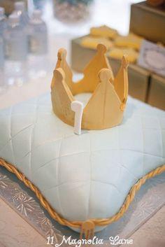 Amazing King Birthday Cake