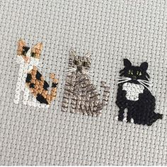 Thrilling Designing Your Own Cross Stitch Embroidery Patterns Ideas. Exhilarating Designing Your Own Cross Stitch Embroidery Patterns Ideas. Cat Cross Stitches, Cross Stitch Bookmarks, Mini Cross Stitch, Cross Stitch Animals, Cross Stitching, Cross Stitch Embroidery, Embroidery Patterns, Hand Embroidery, Knitting Stitches