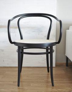 TON-tuoli nro 30 alk. 249,00 €