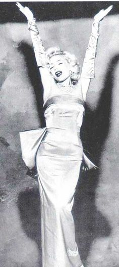 M Monroe. Legendary icon.