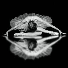 ballet is my life, dancer, female, woman, feminin, beautiful, posing, reflection, symmetric, photo b/w.