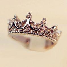Princess Kylie 925 Sterling Silver Eternity Upside Down Hearts Crown Ring