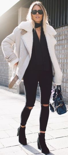 Acne Shearling Jacket, Black Lindex Scarf, Nelly Black Rippied Skinnies, Black Jennie Ellen Booties | Comfy And Cozy Winter Streetyle | Janni Delér