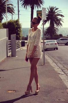 dantel elbise dantel tulum beyaz dantel elbise kombini yazlık kıyafetler yazlık kombinler yazlık elbiseler blogger style fashion style moda blogları 2013 yaz modası tatil elbiseleri tailde giyilecek elbiseler Moda Blogları / 2013 Yaz Kombinleri