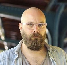 Well here are some Irresistible Bald Men with Beard. These are some Beard Styles with Shaved Head that you can try. Bald Men With Beards, Bald With Beard, Great Beards, Awesome Beards, Goatee Styles, Long Beard Styles, Hair And Beard Styles, Shaved Head With Beard, Shaved Heads