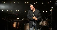 How amazing is this? Steve Perry joined Eels for an encore on 5/25 - the first time on stage in almost 20 years.