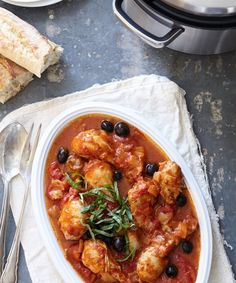 Need dinner in a hurry? Make this frozen Chicken Cacciatore in a quick 30 minutes with your pressure cooker.